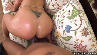 Kaylynn Kage has wild fuck with ebony man