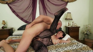 Mature woman is getting hairy pussy drilled