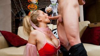 Julia Ann & Michael Vegas in My Friends Hot Mom