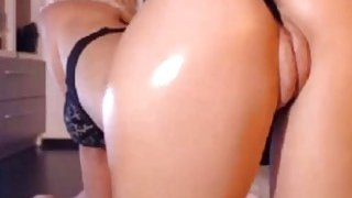 Perfect sexy white ass on webcam