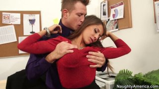 Hot seductress Madison Ivy flirts with horny guy