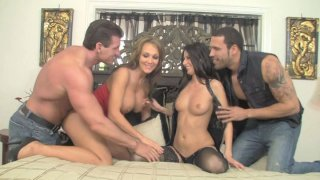 Scorching sex goddess Nikki Daniels gets her twat drilled in foursome