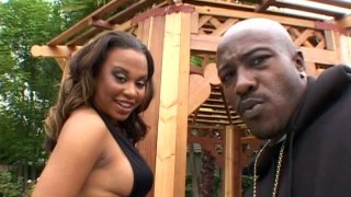Big boobed ebony girl Kandi Kream gives blowjob