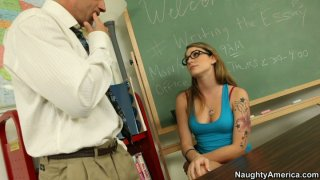 Nerdy hoe Bailey Blue gets her snapper polished and classroom