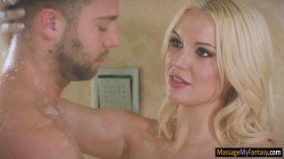 Big boobs masseuse Kenzie Taylor banged